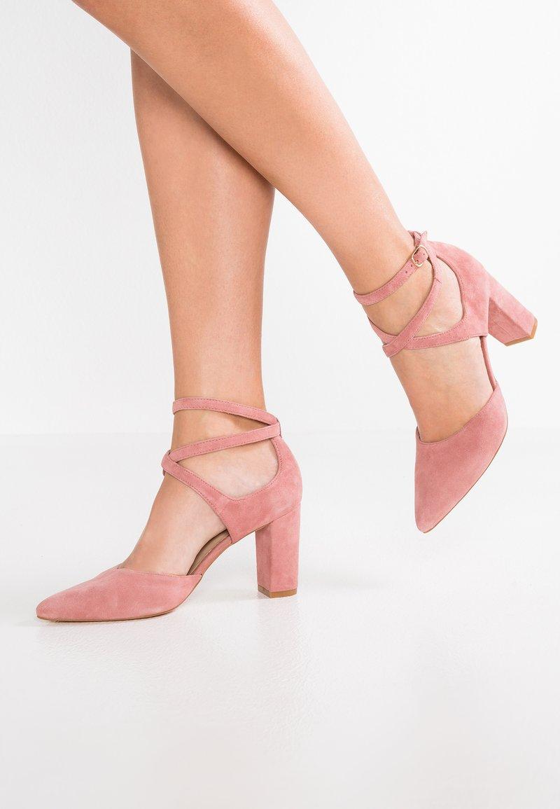 Pier One - Classic heels - berry