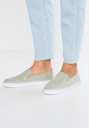 Nazouvací boty - mint