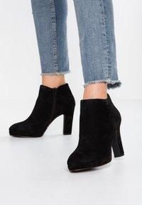 Pier One - High Heel Stiefelette - black - 0