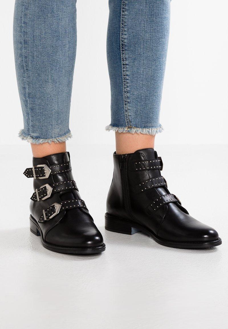 Pier One - Boots à talons - black