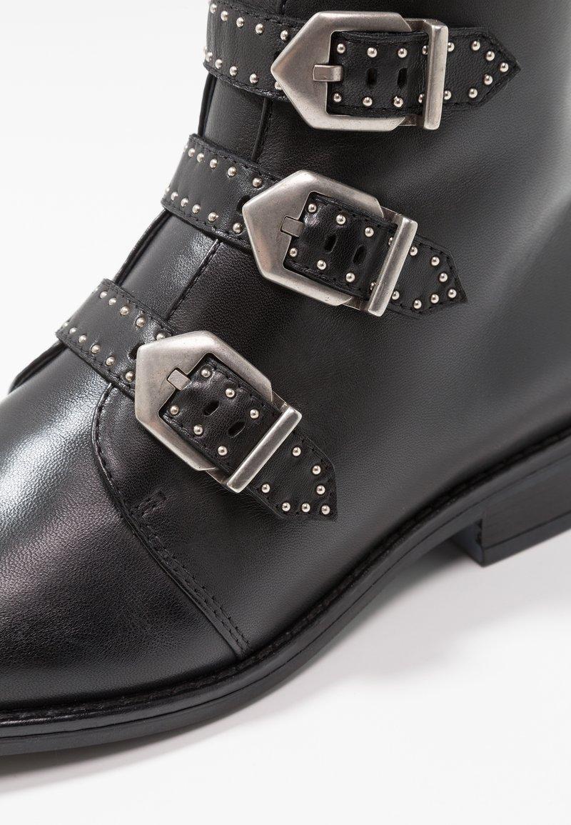 À Pier Black Boots Talons One HIWD9E2