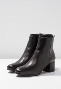 Pier One - Ankle boots - black - 4