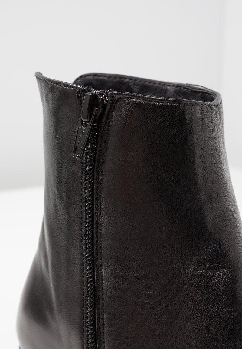 Black Pier Boots Talons One À Ok0wnP