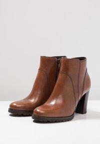 Pier One - Boots à talons - brown - 4