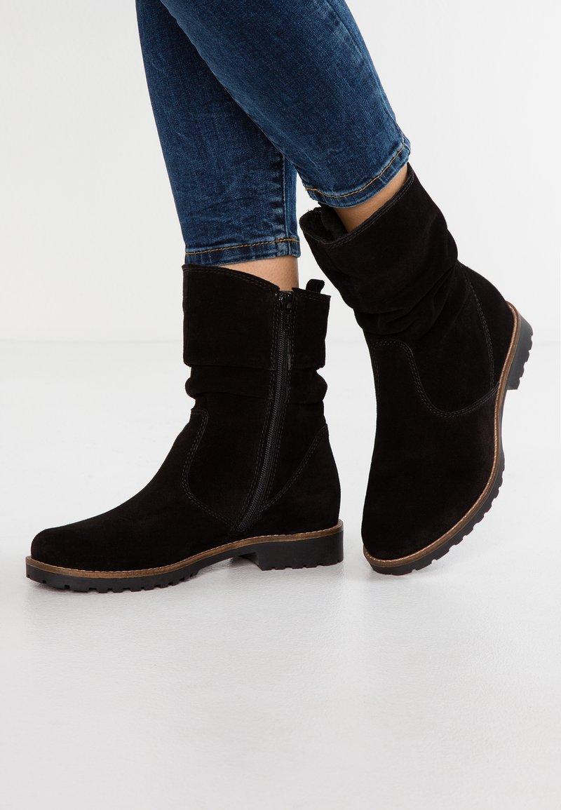 Pier One - Vysoká obuv - black