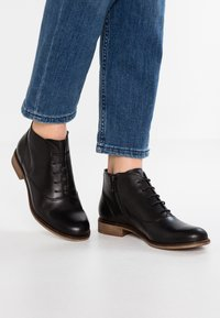 Pier One - Kotníková obuv - black - 0