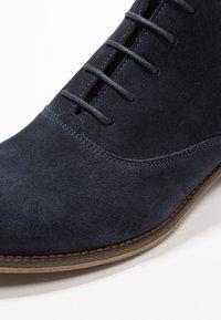 Pier One - Kotníková obuv - dark blue - 2