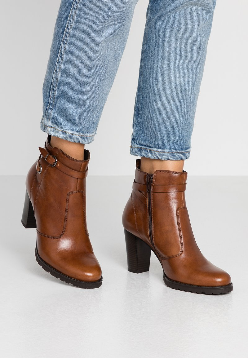 Pier One - Ankle boot - brown