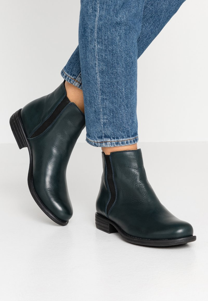 Pier One - Classic ankle boots - petrol