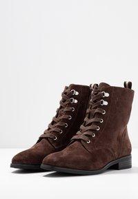 Pier One - Šněrovací kotníkové boty - brown - 4