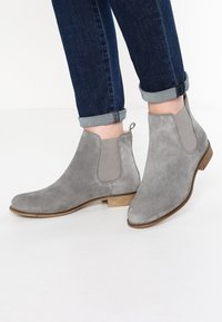 Pier One - Ankle boots - grey - 0