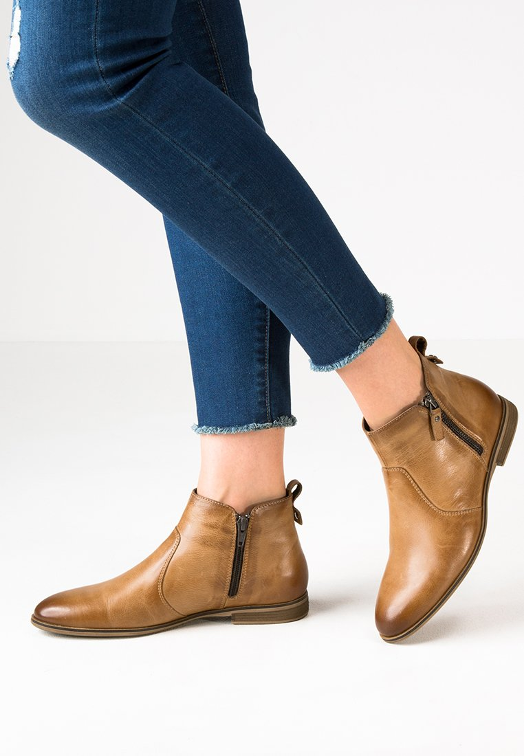 Pier One - Ankle Boot - cognac