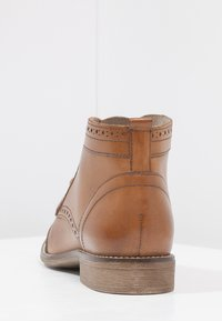 Pier One - Ankle Boot - cognac - 4