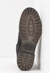 Pier One - Zimní obuv - black - 6