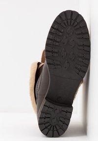 Pier One - Šněrovací kotníkové boty - dark brown - 6