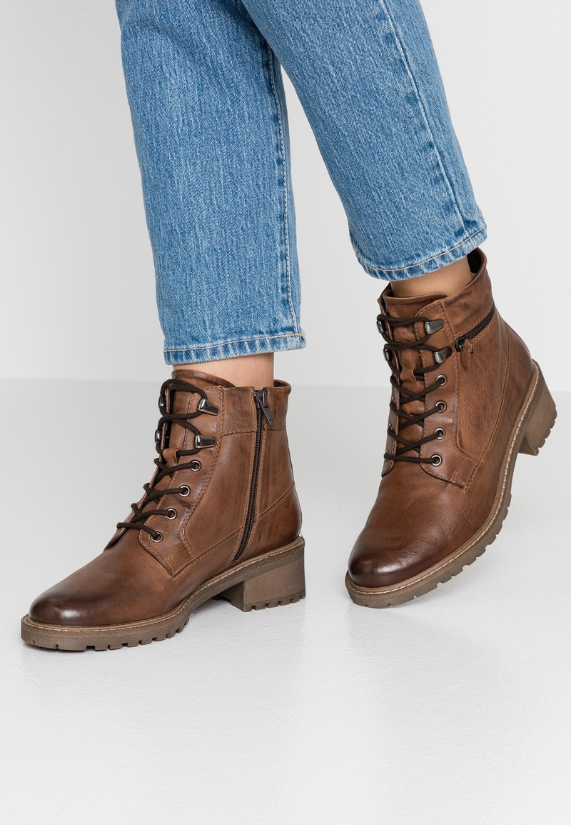 Pier One - Botines bajos - brown