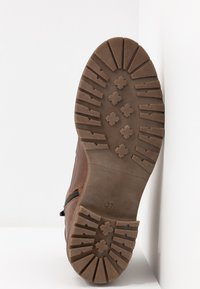 Pier One - Botines bajos - brown - 6