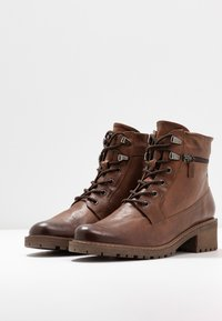 Pier One - Botines bajos - brown - 4