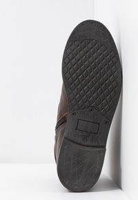 Pier One - Korte laarzen - dark brown - 6