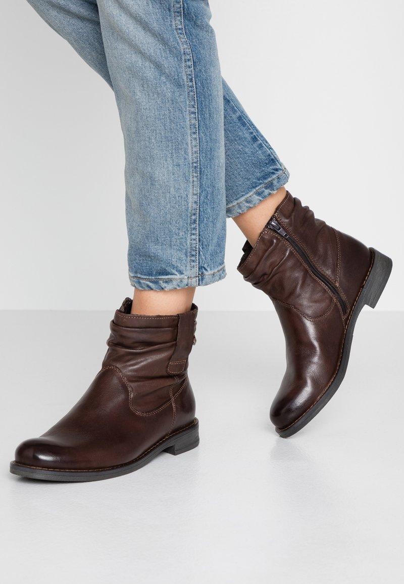 Pier One - Korte laarzen - dark brown