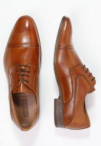 Pier One - Derbies & Richelieus - brown - 1