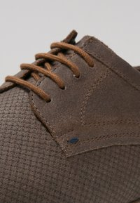 Pier One - Chaussures à lacets - brown - 5