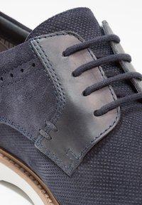 Pier One - Volnočasové šněrovací boty - navy - 5