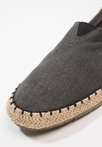 Pier One - Espadrilky - grey