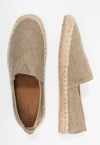 Pier One - Espadryle - brown - 1