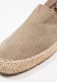 Pier One - Espadryle - brown - 5