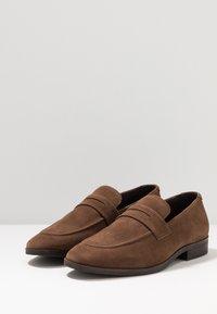 Pier One - Nazouvací boty - brown - 2