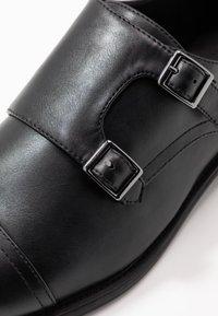 Pier One - Mocassini eleganti - black - 5