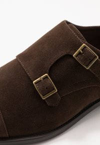 Pier One - Instappers - brown - 5