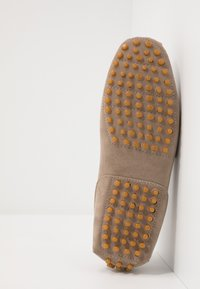 Pier One - Moccasins - taupe - 4