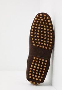 Pier One - Mokasíny - dark brown - 4