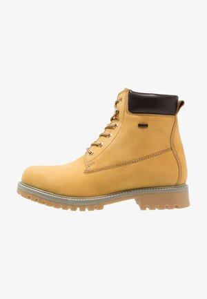 Zimní obuv - yellow