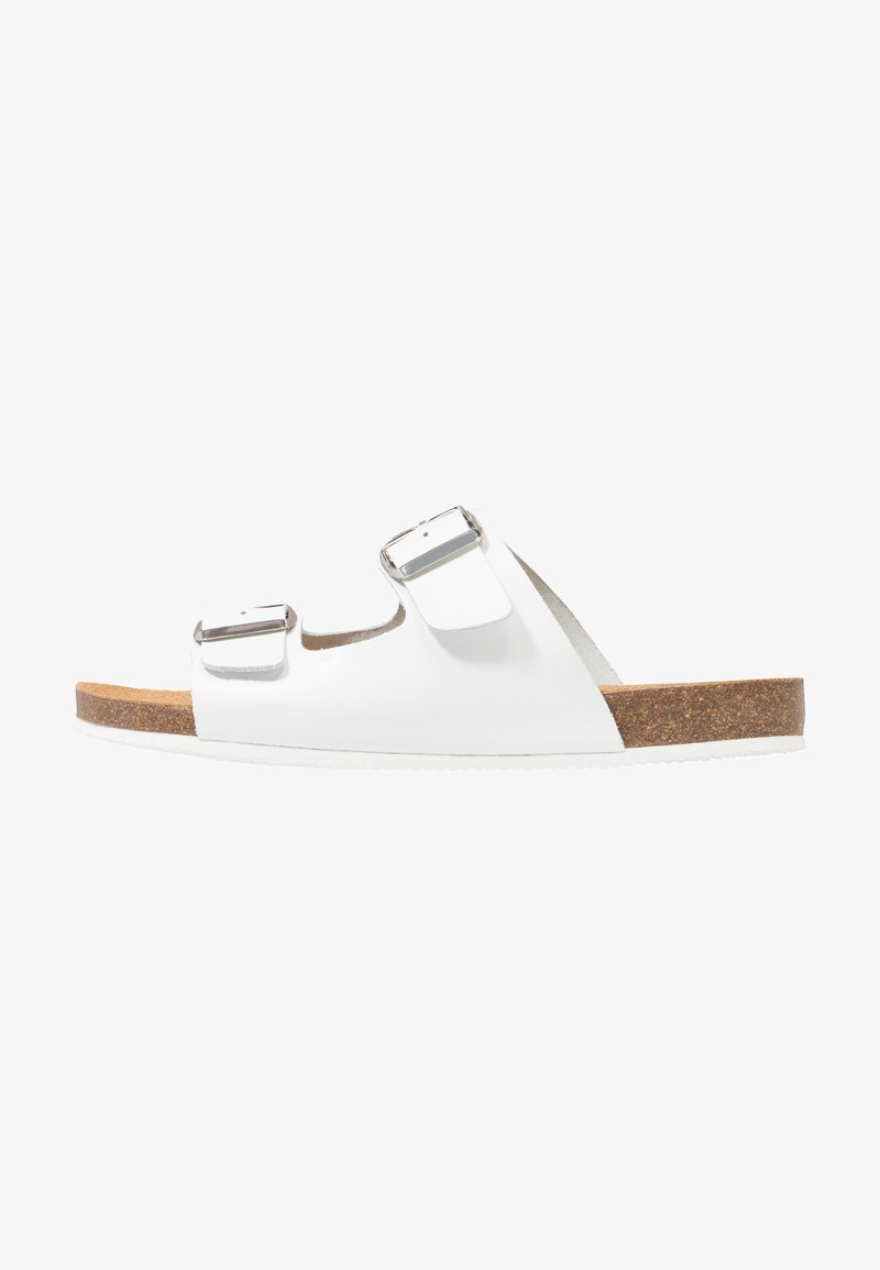 Pier One - Slippers - white