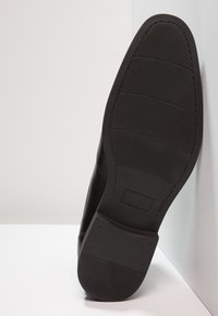 Pier One - Classic ankle boots - black - 4
