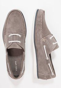 Pier One - Boat shoes - grey - 1