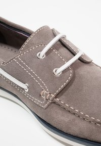Pier One - Boat shoes - grey - 5