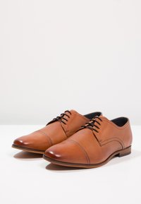 Pier One - Derbies & Richelieus - cognac - 2