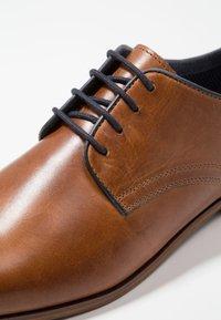Pier One - Smart lace-ups - cognac - 5
