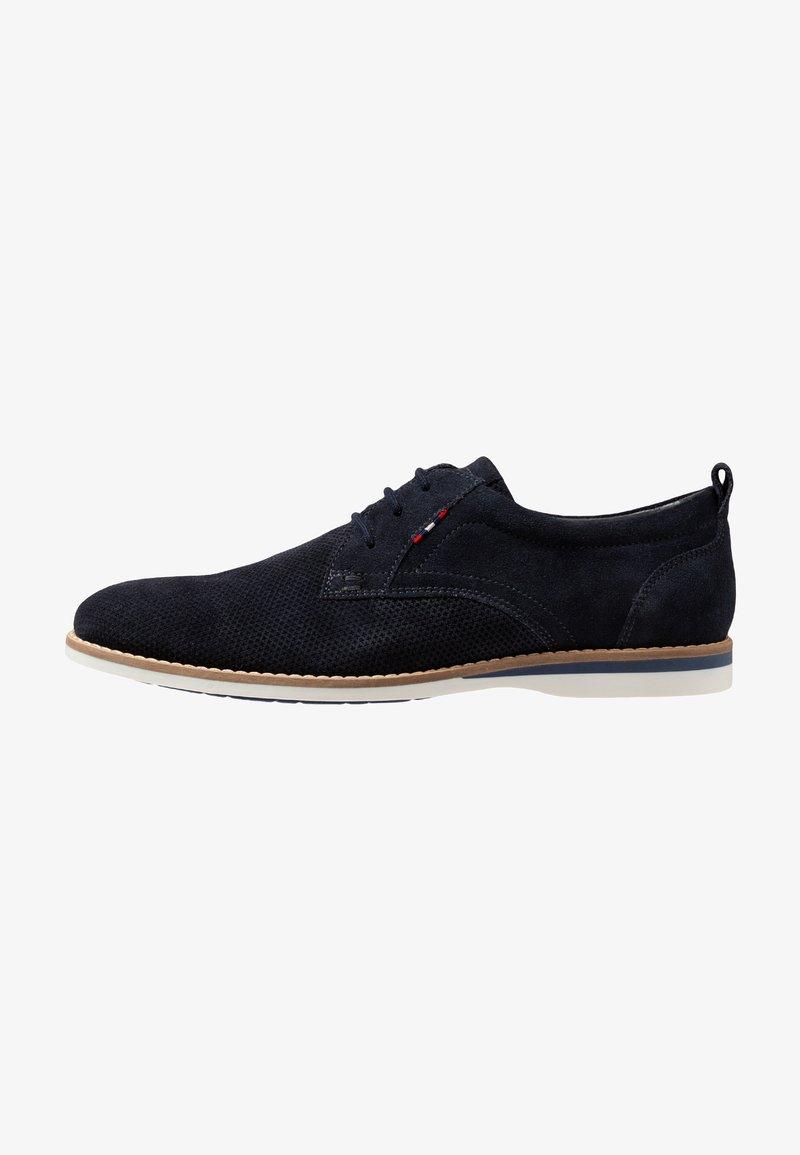 Pier One - Chaussures à lacets - blue