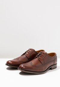 Pier One - Elegantní šněrovací boty - brown - 2