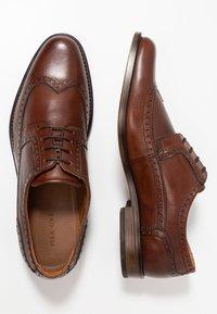 Pier One - Elegantní šněrovací boty - brown - 1