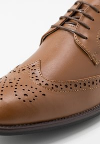 Pier One - Smart lace-ups - cognac - 5