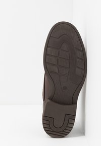 Pier One - Chaussures à lacets - brown - 4