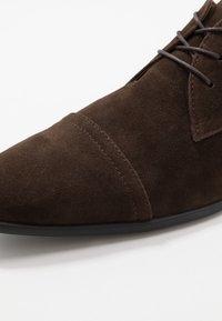 Pier One - Derbies & Richelieus - dark brown - 5