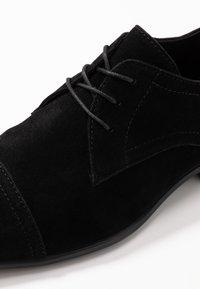 Pier One - Derbies & Richelieus - black - 5