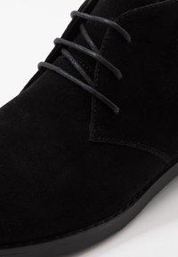 Pier One - Šněrovací boty - black - 5